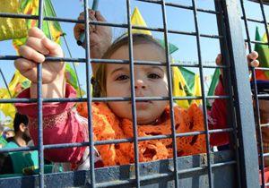 Diyarbakır'daki Nevroz'a kaç kişi katıldı?