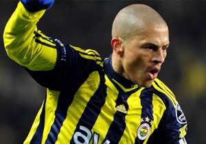 Alex Türkiye'de kaç gol attı?