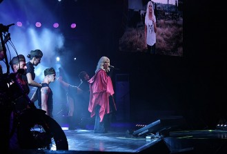 Ajda Pekkan, Harbiye Açıkhava'da konser verdi