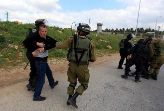 İsrail'de 40 Filistinli gözaltına alındı