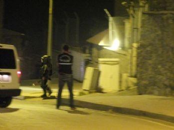 Askeri lojman önünde şüpheli çanta paniği