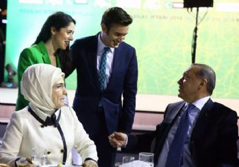 Mustafa Ceceli Yeşilay iftarına katıldı