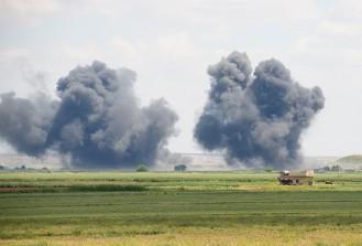 Koalisyon güçleri DAEŞ'i Rakka'da vurdu