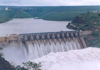 Yüksek sıcaklıklar barajları etkiledi