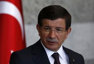 Davutoğlu teröre karşı sivil inisiyatif programında konuşuyor