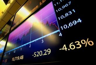 """Piyasalara """"Çin işkencesi"""" sürüyor"""