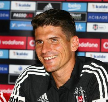 Gomez: 'Türkiye'nin en büyük kulübüne geldim'