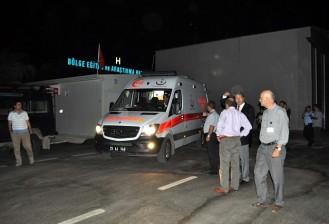 Zırhlı polis aracı şarampole devrildi: 4 yaralı