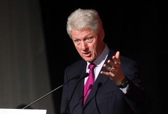 Clinton'a rekor konferans ücreti