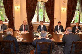 AK Parti ile CHP arasındaki son görüşme sona erdi