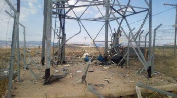 PKK'lılar roketle saldırdı