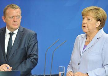 Merkel ve Rasmussen'den mülteciler hakkında açıklamalar