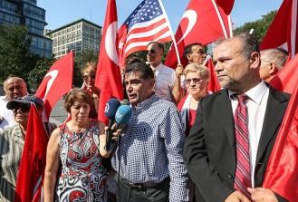 New York'taki Türkler terörü lanetledi