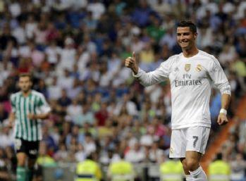 Ronaldo Bernabeu'da 100. lig maçına çıktı