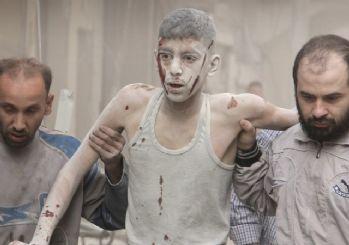Rus jetleri Halep'e saldırdı! Suriye'den dehşet veren fotoğraflar