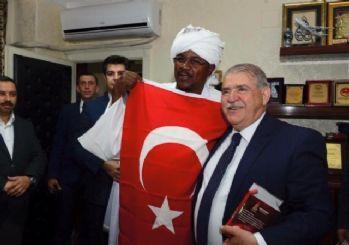 Sudan Heyetinin 'Türk Bayrağı' Sevgisi