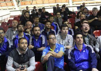 İşitme Engelliler Basketbol Takımı Şampiyonluk Yolunda