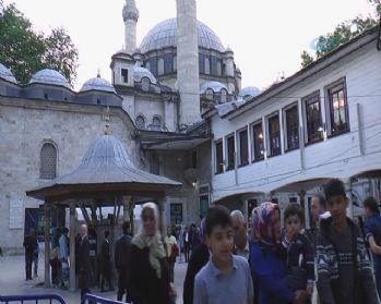 Eyüp Sultan Camii'nde kandil coşkusu