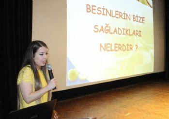 İlkokul Öğrencilerine Sağlıklı Beslenme Ve Obezite Anlatıldı