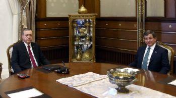 FT: Davutoğlu'nu hayal kırıklığına uğrattı