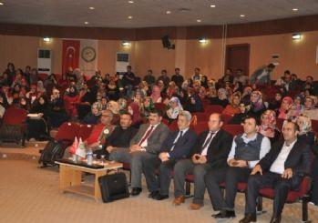 Iğdır Üniversitesi'nde 'Her Genç Bir Hazinedir' Konferansı