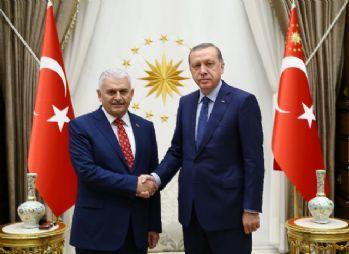 Cumhurbaşkanı Erdoğan Binali Yıldırım'la görüştü