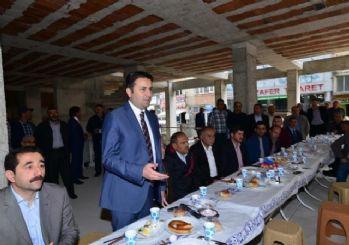 Başkan Eroğlu, Esnaflarla Bir Araya Geldi