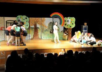 Mimar Sinan Mesleki Ve Teknik Anadolu Lisesi Tiyatrosu'na Yoğun İlgi