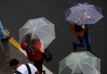 Meteoroloji uyardı: Yağmur ne kadar sürecek?