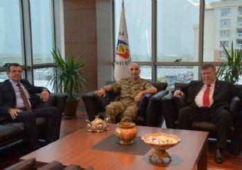 5.kolordu Komutanı Korgeneral Erdoğan'dan Enis Sülün´e Ziyaret
