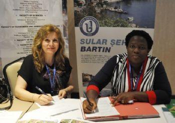 Bartın Üniversitesi'ne 3 Kıtadan Öğrenci Gelecek
