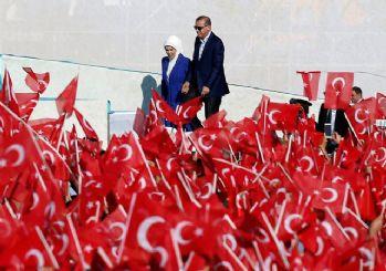 Cumhurbaşkanı Erdoğan; Fetih Şöleninde on binlere seslendi!