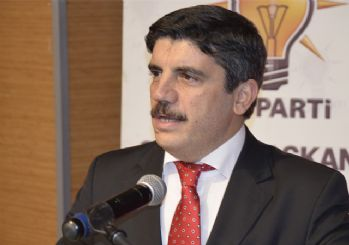 AK Parti Sözcüsü Yasin Aktay açıklama yapıyor
