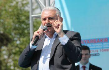 Başbakan Binali Yıldırım, İzmir'de halka hitap etti