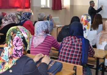 Anadolu imam hatiplere İspanyolca dersi