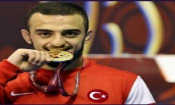 Avrupa Gençler Güreş Şampiyonası'nda 10 madalya