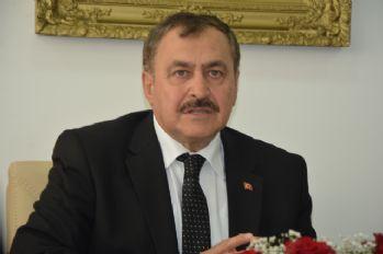 Bakan Eroğlu: Kumluca'daki yangın kontrol altında