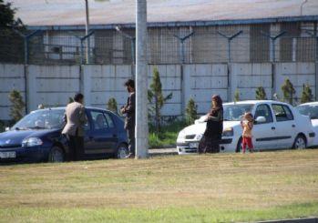 Trafikte Dilenen Suriyeli Türkmen Aile Yardım İstiyor