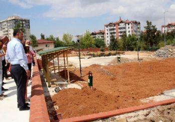 Başkan Taşdelen park çalışmalarını denetledi