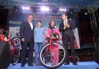 Gümüşhane'de öğrencilere 500 bisiklet dağıtıldı