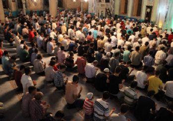 Eskişehir'de Kadir Gecesi'nde camiler doldu taştı