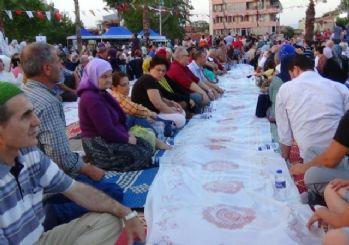 Denizli'de Kur'an ziyafetli Kadir Gecesi
