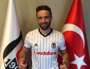 Gökhan'ın veda mesajı Fenerbahçelilerin tepkisini çekti