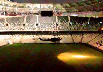 Darbeci askerler Vodafone Arena'ya helikopterle böyle indi