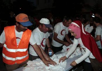 Nevşehir Belediyesi vatandaşlara ayyıldızlı tişört dağıttı