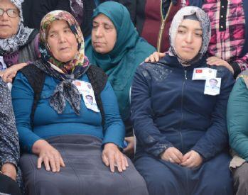 Şehit annesi: Vatan haini olmadın, alnım ay gibi açık
