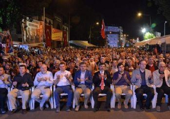 Afyonkarahisar'da 'demokrasi nöbeti' 10. gününde de coşku içerisinde tutuldu