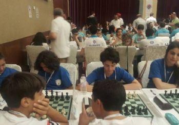Yeşilyurt Belediyespor satranç takımı 2.lige yükseldi