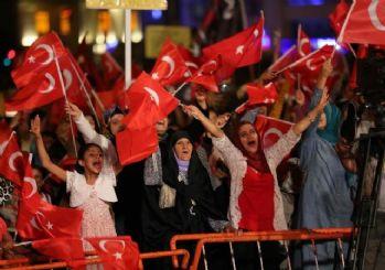 Haliliye'de demokrasi nöbeti sürüyor