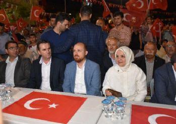 Cumhurbaşkanı Erdoğan'ın oğlu Bilal Erdoğan demokrasi nöbetine katıldı